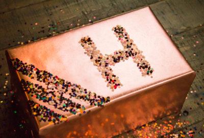 DIY Glitter Gift Wrap