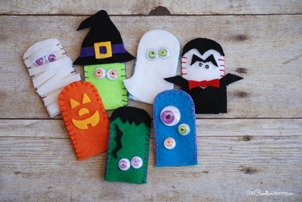 Halloween Kids Crafts for Every Day of the Week!