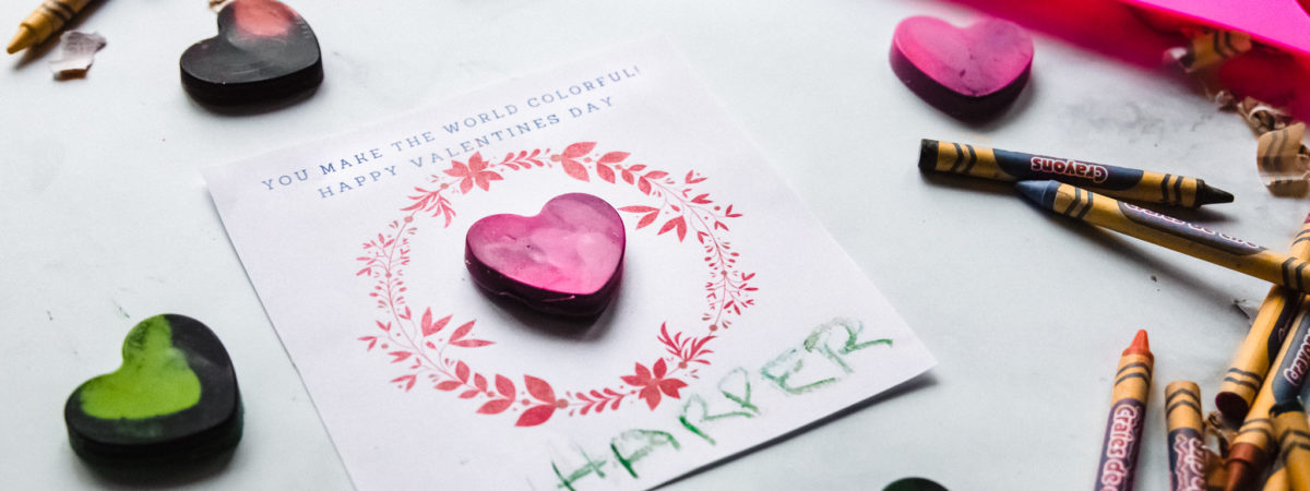 How to make DIY heart shaped crayon Valentine's Day cards