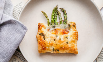 Asparagus Puff Pastry pocket